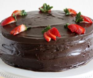 tarta de fresas con nata y chocolate Arte&Sano